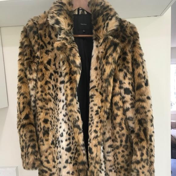 Aritzia - Talula Faux Fur Leopard